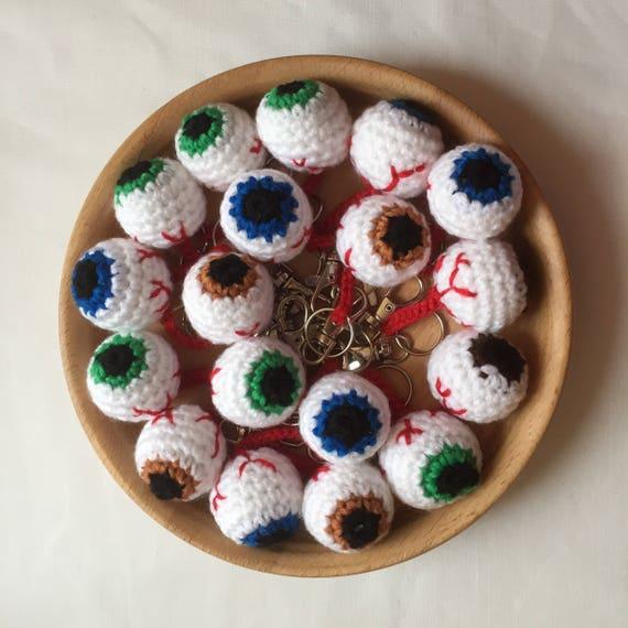 Globe oculaire excentrique Gore porte-clés, bijoux de sac ou charmes de fermeture éclair. Différentes couleurs disponibles