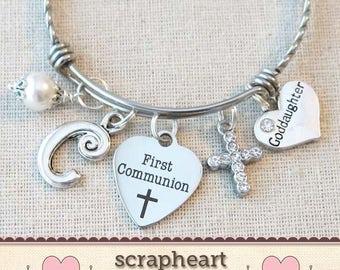 FIRST COMMUNION Gift for Goddaughter, Custom Girls First Communion Gift, Goddaughter Gift, Personalized 1st Communion Charm Pearl Bracelet