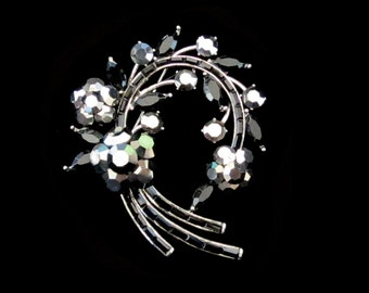 Crystal Large Flower Wreath Brooch Pin Antique Silver Tone Charcoal Grey Gray Black
