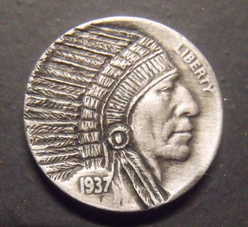 Hand Carved Hobo nickel Chief unsigned 37