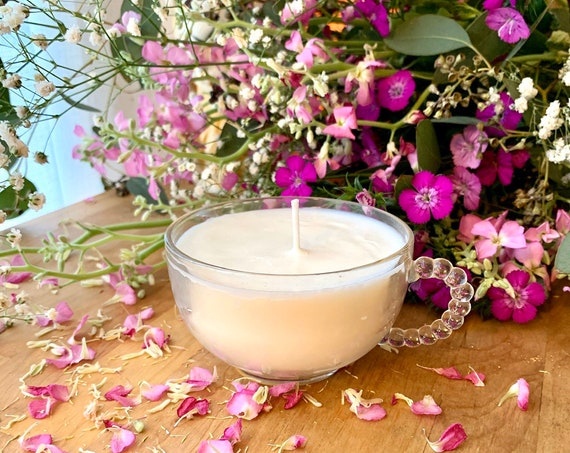 Organic Soy Teacup Candle / Unscented Hand-poured / Upcycled glass