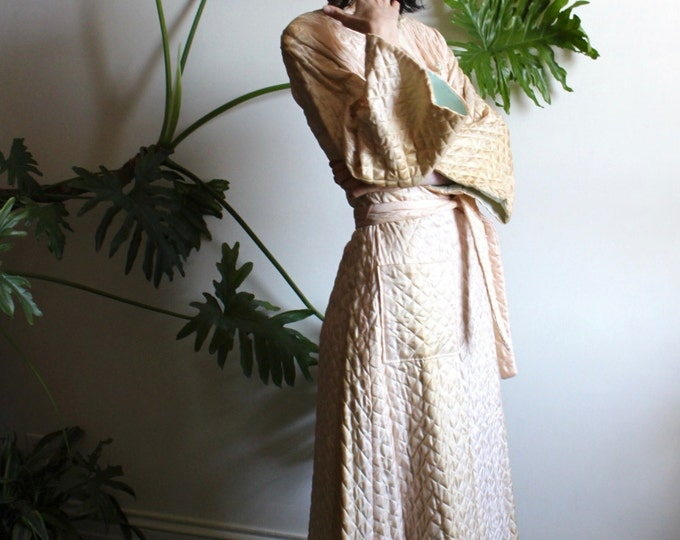 1940s Silk Quilted Lounge Coat