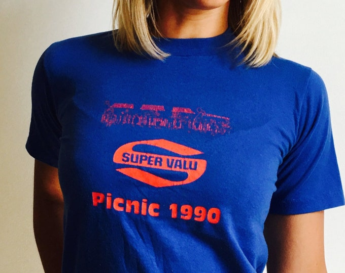 Vtg Blue 'SUPER VALU PICNIC 1990' TShirt