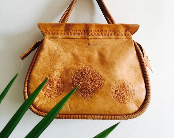 Oversize Vtg Tooled Leather Purse : Saddle Tan