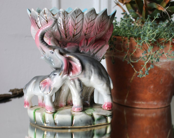 20s Lucky Elephant Vase