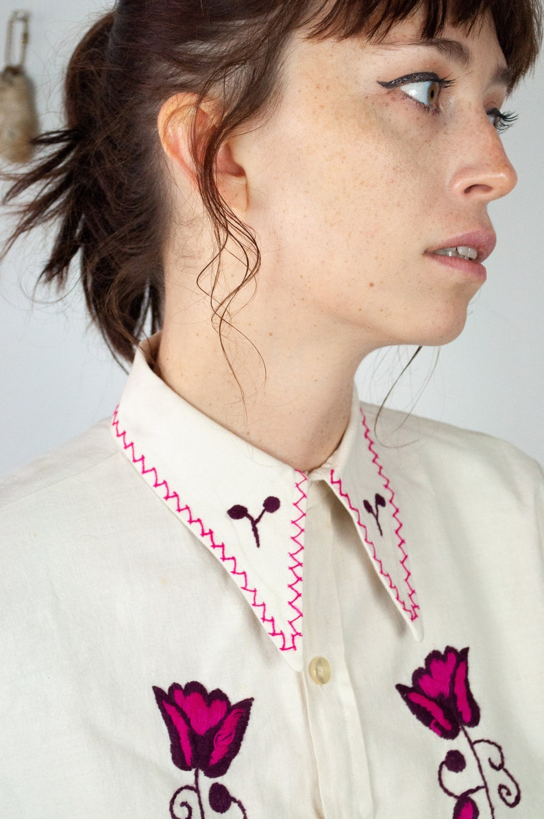 70s  Embroidered Button down Shirt