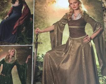Simplicity Fantasy Costume 4940 NEW  10-18