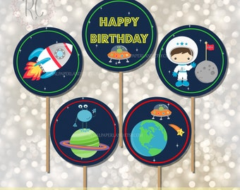 INSTANT DOWNLOAD - 5 Digital Astronaut 4 inches Circle Tags - Space Birthday Party Decor