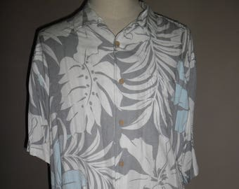 f9fcfdfa Stunning Quicksilver Comfort Fit Hawaiian Grey Viscose Shirt , Design  Hibiscus & Leafs , Made in Indonesia , Size L , Excellent Condition