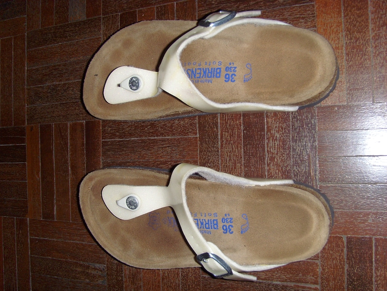 3d8295ed29a Vintage Women s Birkenstock Gizeh Creamy With Green