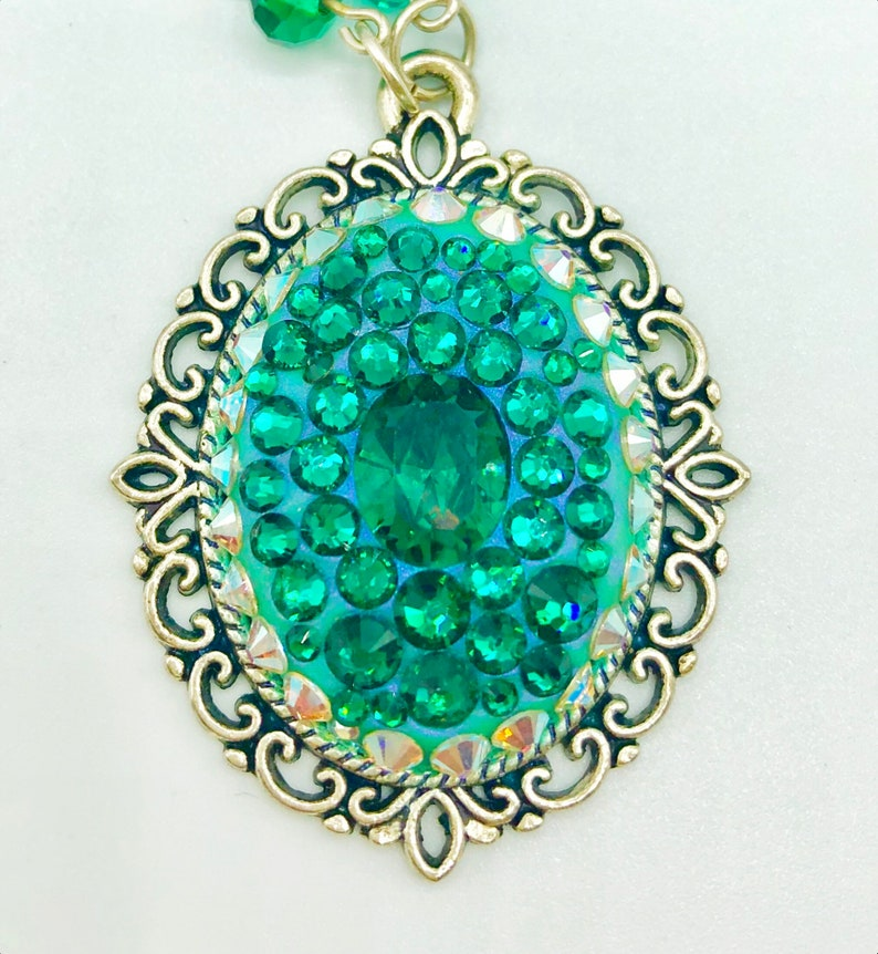 Crystal Necklace Vintage Cameo Emerald Crystal May image 0
