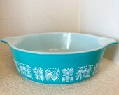 Pyrex Turquoise Blue Amish Butterprint Casserole Dish, Vintage Mid-Century in Execllent Condition