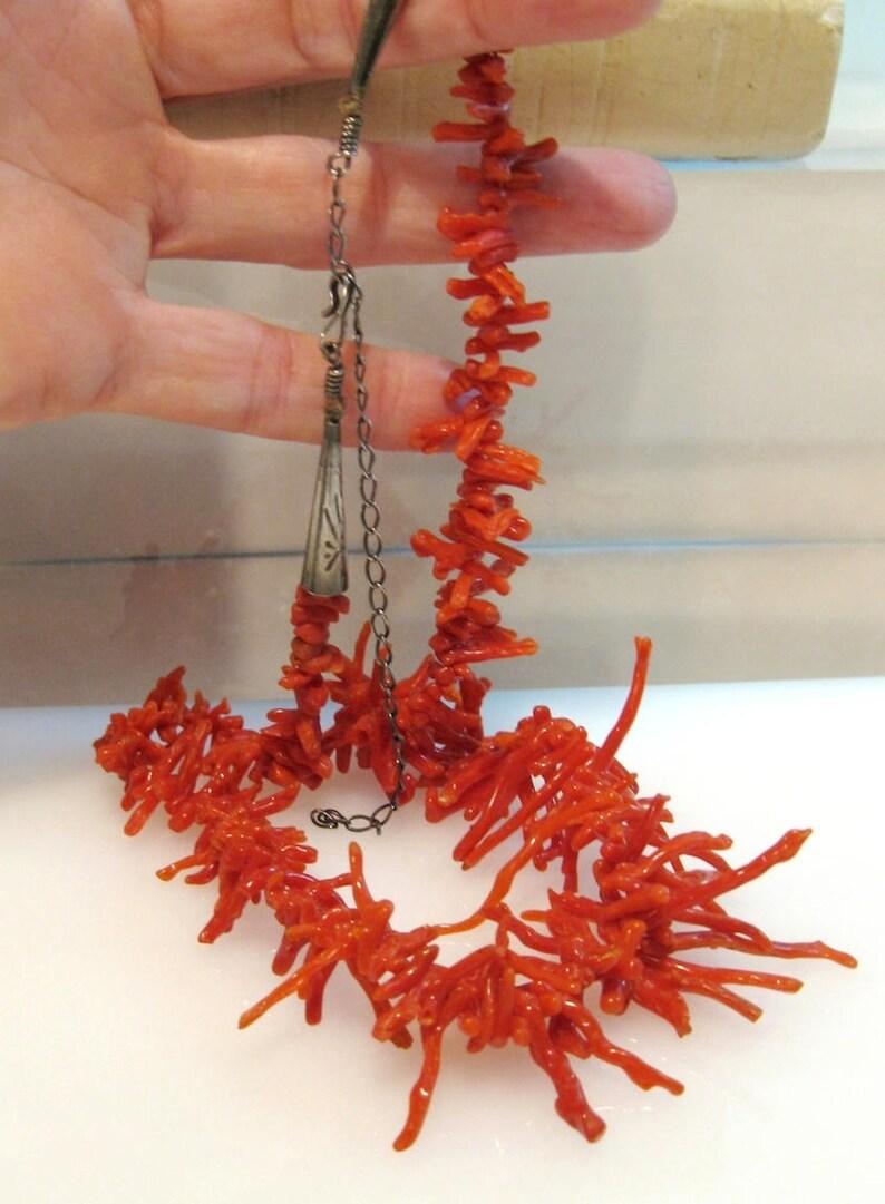 Excellent Navajo Santo Domingo Red Branch Gradating Coral Necklace