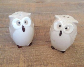Owl Salt and Pepper Shakers, Owl, Salt and Pepper Shakers, Collectible Owls, OwlKitchen Decor