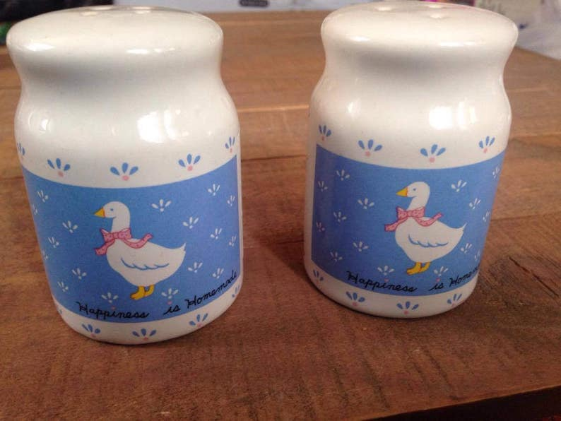 Salt and Pepper Shakers Vintage Duck Salt and Pepper Shakers Ducks Farmhouse Kitchen Rustic Kitchen