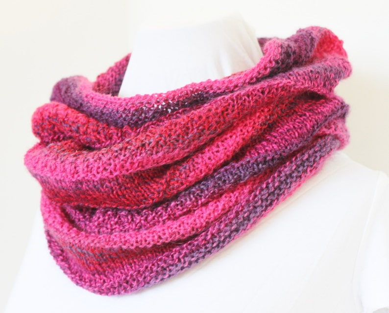 Clementine Cowl Pattern  knit cowl using fingering or sock image 0
