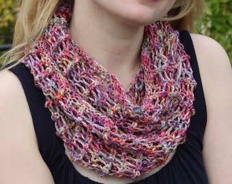 Roots Cowl Pattern - knit cowl using worsted weight yarn - great for cottons and hand-dyed yarns!