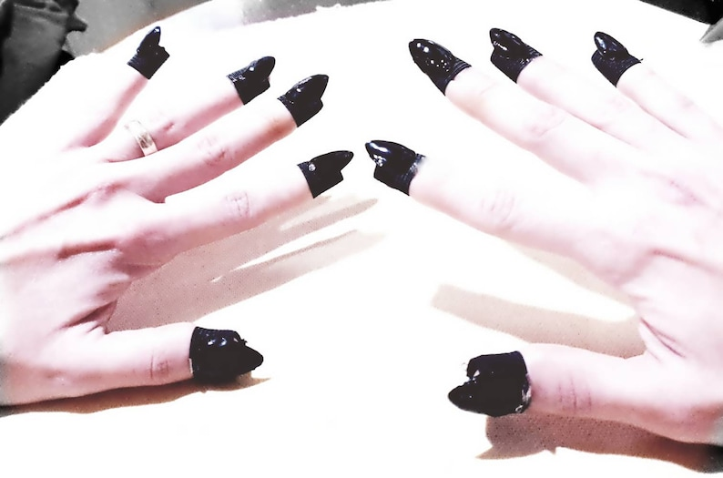 Claw Rings Nail Jewelry Ring Jewelry Set Claw Ring Set Gothic Nails Nails Ring Nail Rings Nail Armor False Nails Almond Goth Nails