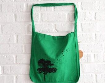 Groene draagtas recycled boodschappentas met boom print van Art Effect Prints - natuurliefhebber - ecologisch en fair trade