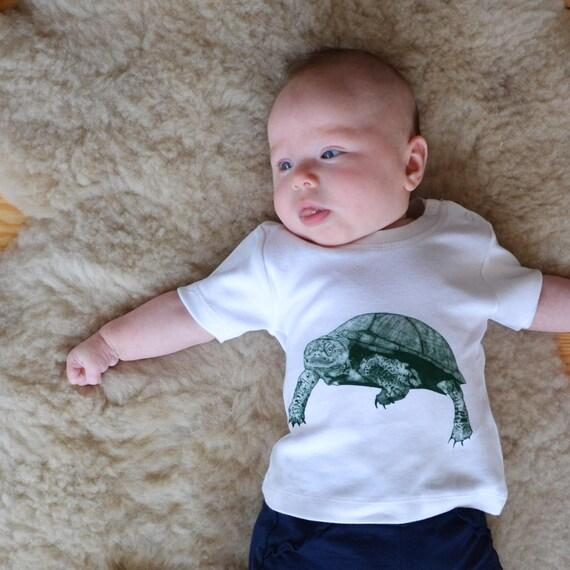 e0da9df1753 Baby T-shirt white Turtle Print 100% organic cotton fair