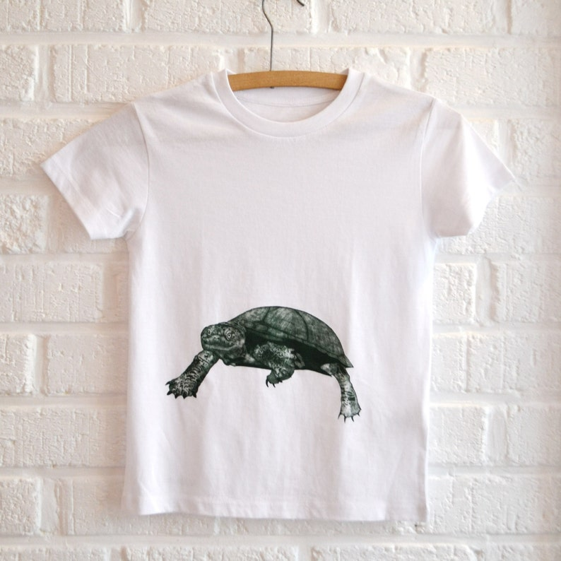White T-shirt Boys with Turtle Print Animal Print T-shirt image 0