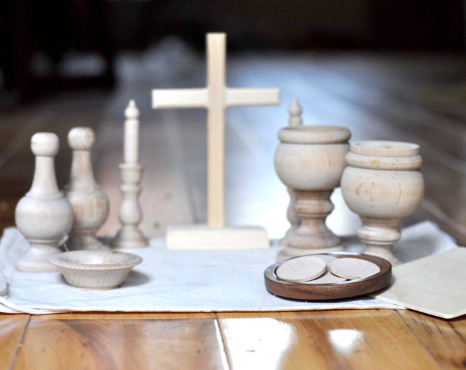 DIY Wooden Catholic Mass Kit Pieces // Catechesis of the Good Shepherd