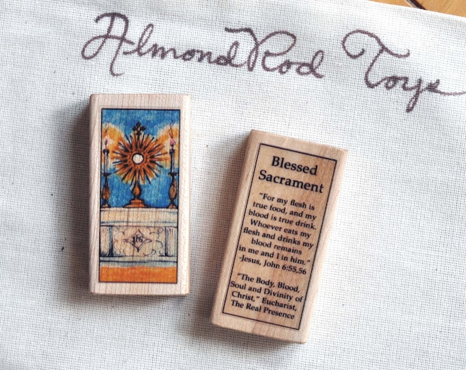 Blessed Sacrament Wood Toy Block // 100+ Catholic Saints to choose from // Catholic boy // Catholic girl