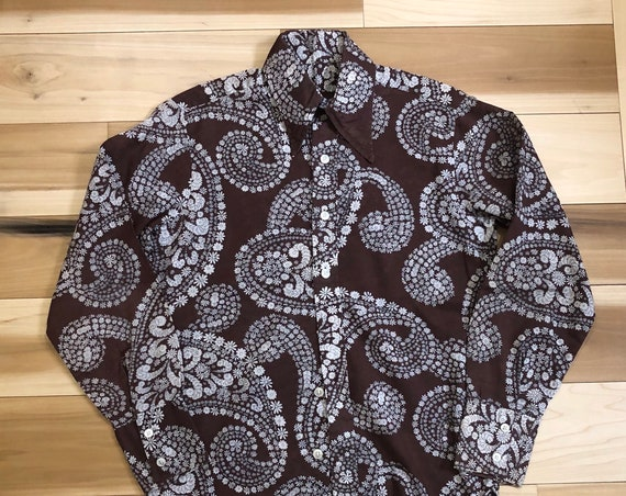 1960s Paisley Button Up All over print