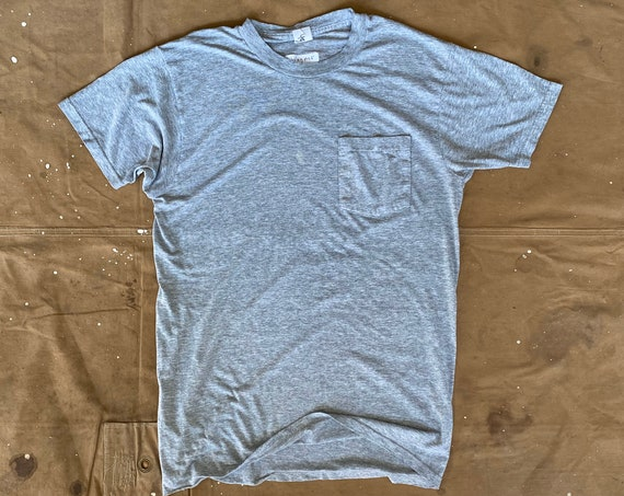 90s Pocket tee Fruit of the Loom Paper thin Gray