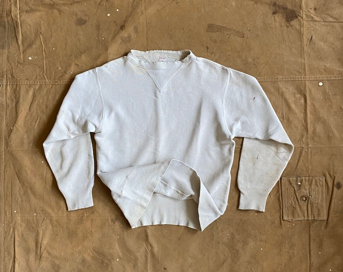 Repaired '40s Sweatshirt Double V Penneys