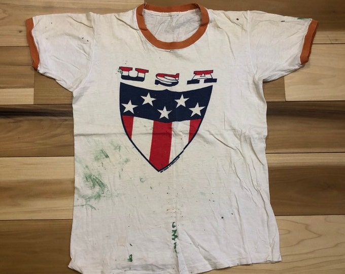 Thrashed 70s USA T-shirt paint splatter