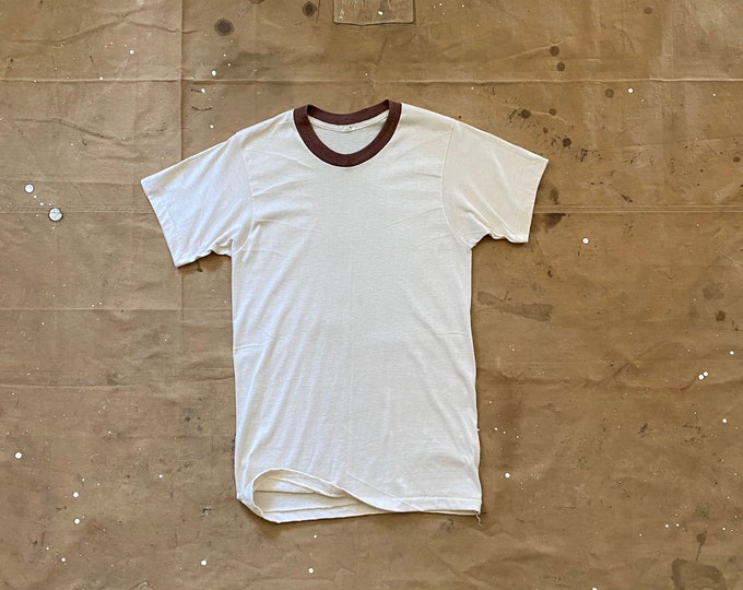 Paper thin  70s T-Shirt Fruit of the Loom