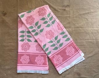 1940s / 50s Floral Camp Blanket Reversible