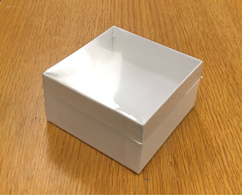 Gift Box Wide Bracelet Jewelry Box White With Clear Lid