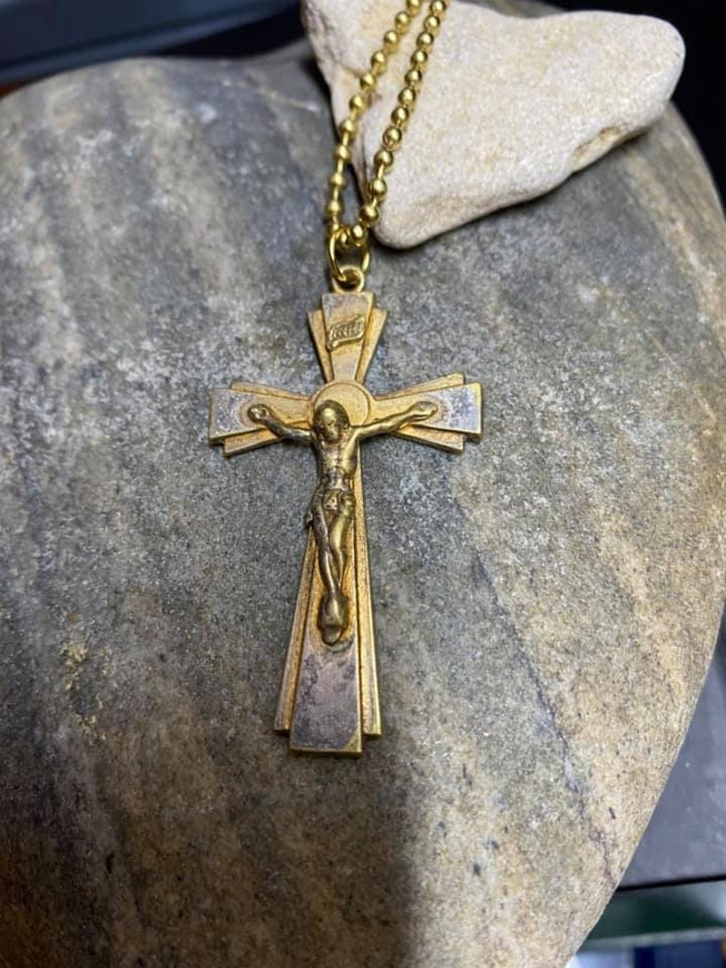 Pre-owned two inches long Lovely Vintage Gold Plated Crucifix on Gold plated ball chain.