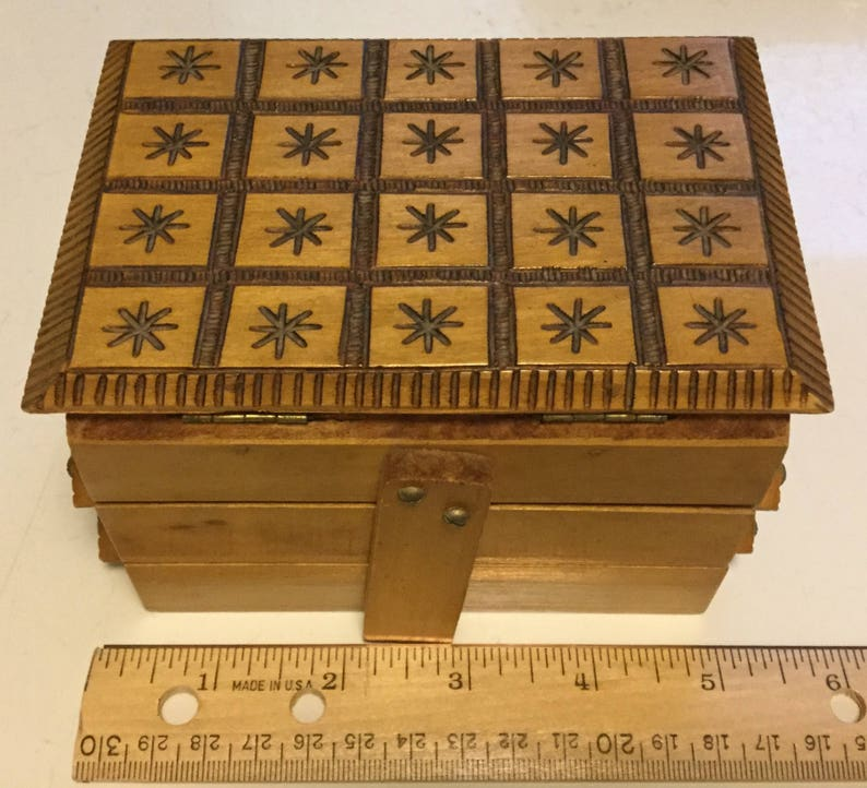 small sewing trinket storage box image 0