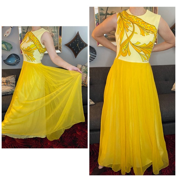 Gorgeous vintage 1970s Alfred Shaheen maxi dress M