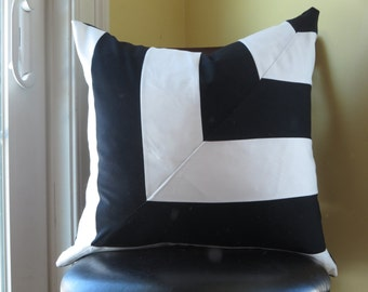 Decorative Black and white  pillow cover 16x16,18x18, 20x20,  Patchwork pillow, modern pillow cover,  black and white, linear pattern pillow