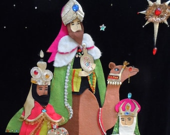 """Vintage 60's Christmas """" Banner"""" Felt  -Wall Hanging """" Three Kings"""" Hand Made with Sequins and Jewels X-large at 25"""" x 35"""""""