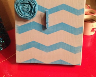 Gray and Turquoise Chevron Rustic Wood Photo Frame with Burlap Flower (Turquoise)