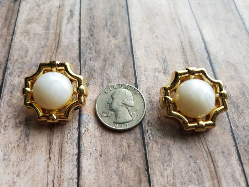 Pearl Clip On Earrings Button Earrings Gifts for Her Non Pierced Earrings Small Earrings Stud Clip On/'s Handmade Gold and Pearls