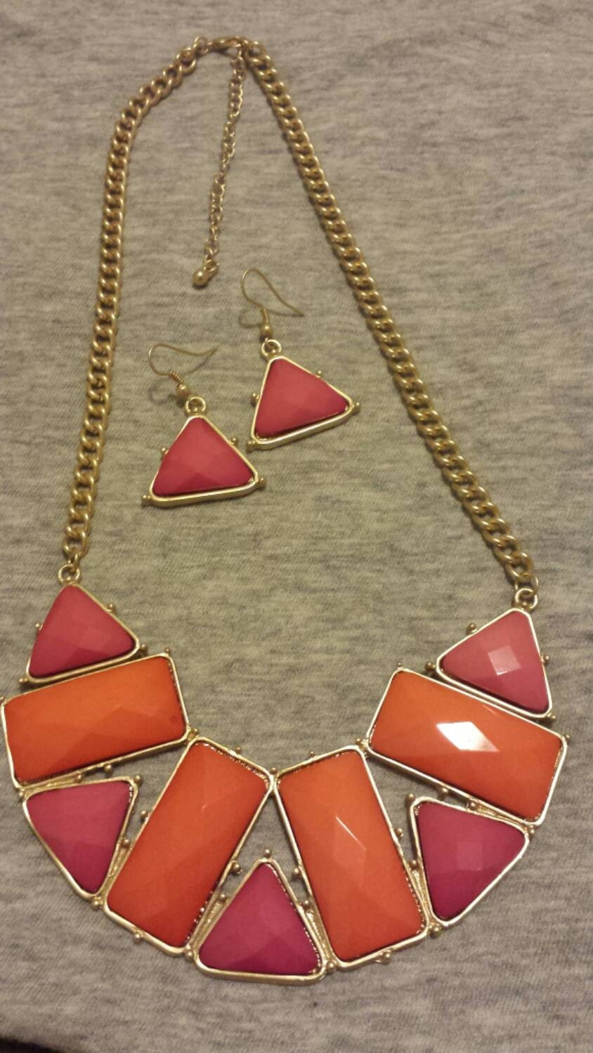 Pink and Orange Statement Necklace with Dangle Earrings Gifts for Her Chunky Necklace Bib Necklace Necklace Sets Dangle Earrings Gold Chain
