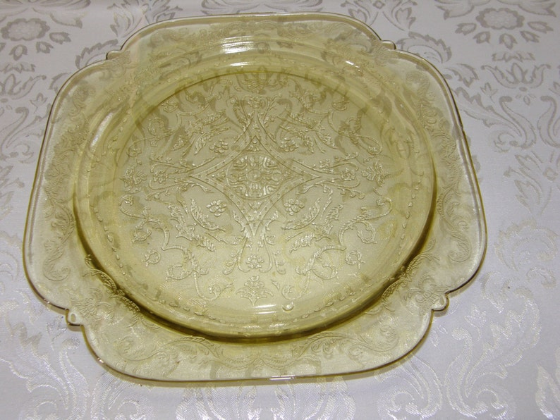 Madrid-Amber by Federal Glass Yellow Depression Adam Cake Plate
