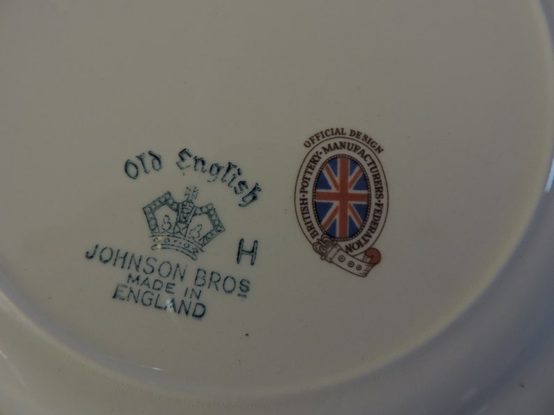 Queen Elizabeth II Coronation Plate 1953 Johnson Brothers Old English Square
