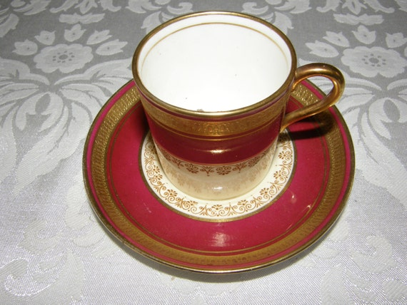 SMOOTH BEAUTIFUL AYNSLEY DURHAM MAROON DEMITASSE CUP /& SAUCER {7}