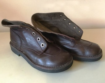 8ec50bbb704 Vintage Brown Leather Kicker Boots