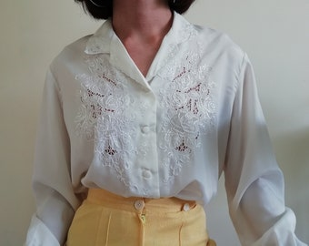 5b19fed5b8b696 Hand Embroidered Top Large L