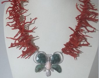 Coral necklace with butterfly in semi-precious stones