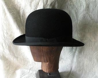 Quality French vintage black bowler hat - period hat - gentleman's hat - vintage hat - antique bowler hat - derby hat - period drama