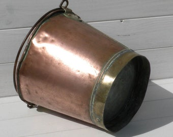 French Antique Copper Tin Lined Rustic Bucket. Copper and Brass Pail. Farmhouse Decor Antique Planter. Cottage Chic. French Country Home
